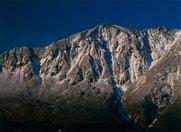 初冬の鳥甲山